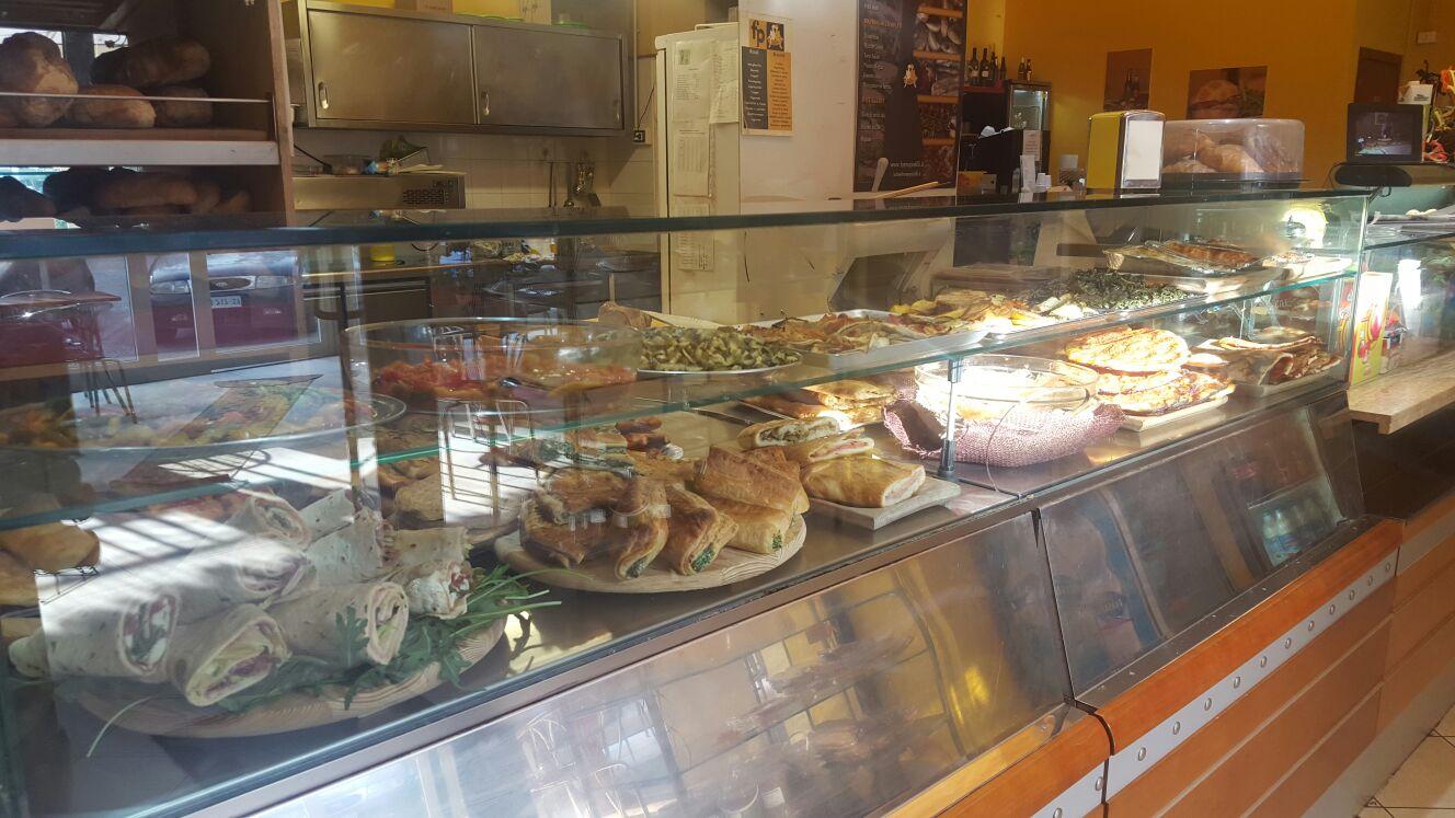 punto_vendita_piazza_croce_latina_forno_pistilli (2)